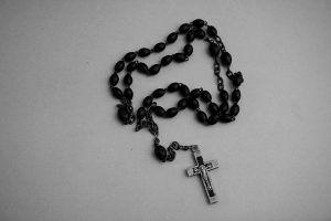 acabar-como-el-rosario-de-la-aurora-300x200.jpg