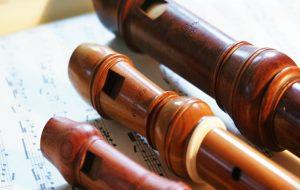entre pitos y flautas
